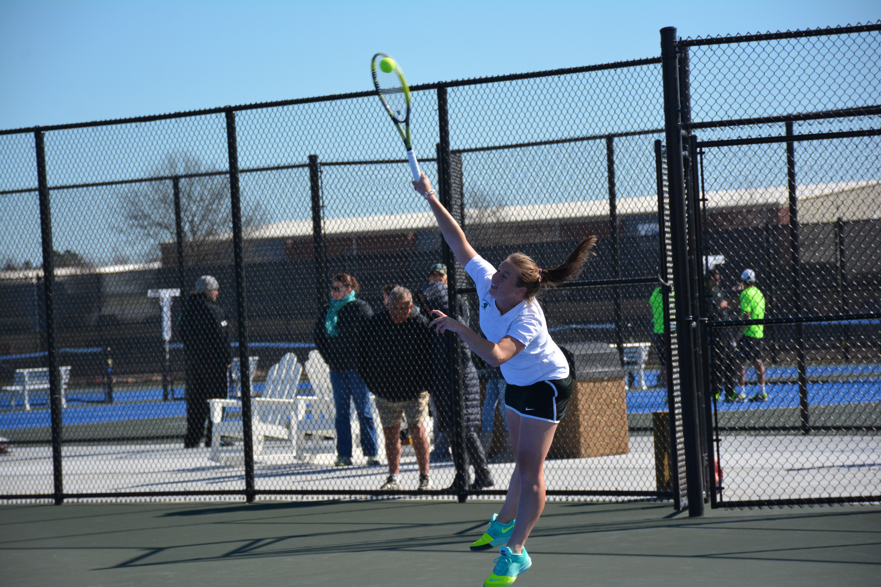 Women\'s Tennis Defeats USC Upstate to Open New Courts - Coastal ...